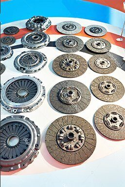 depositphotos_166418954-stock-photo-clutch-discs-and-pressure-plates
